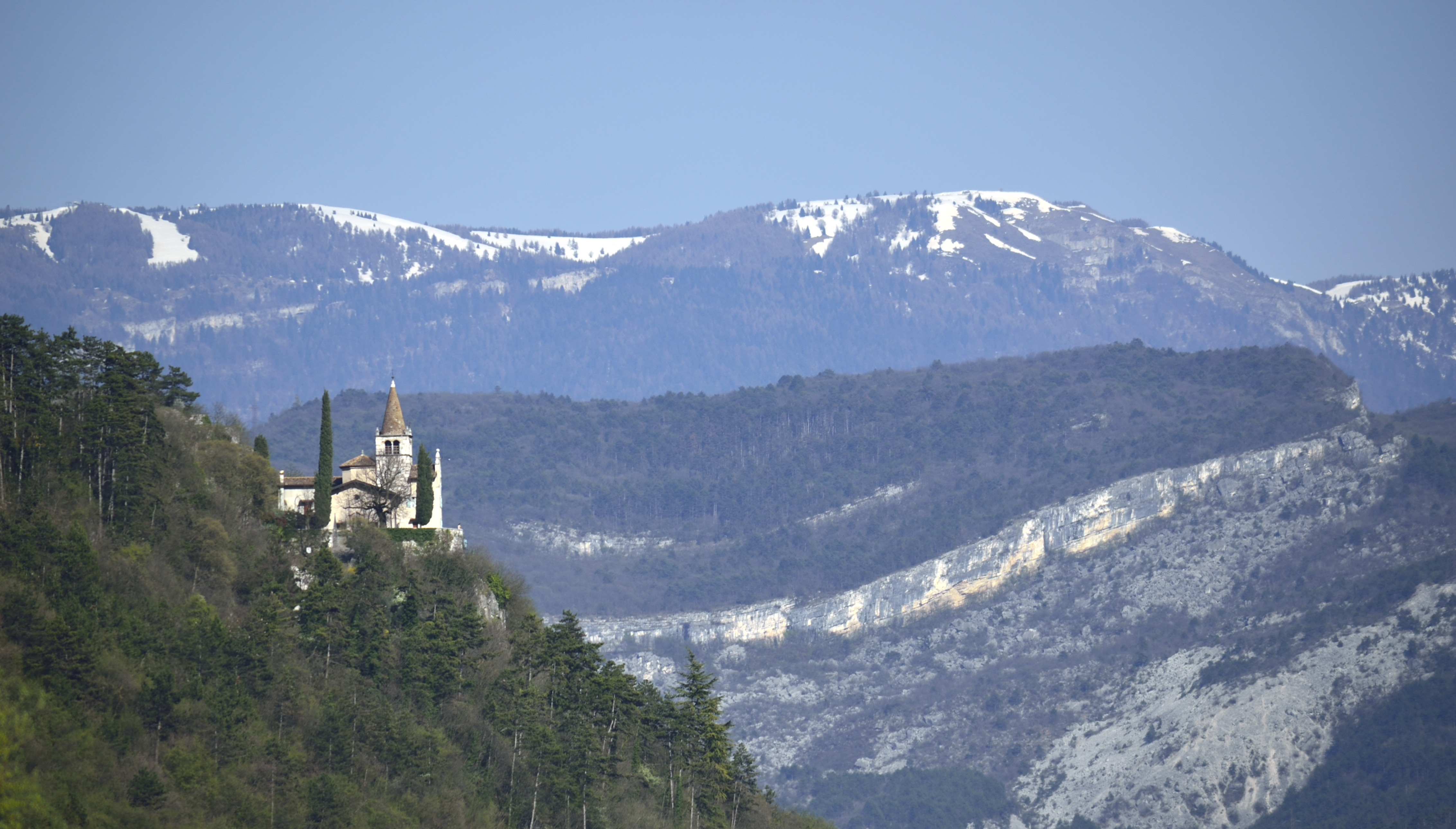Santuario di Montalbano (Mori) e Col Santo