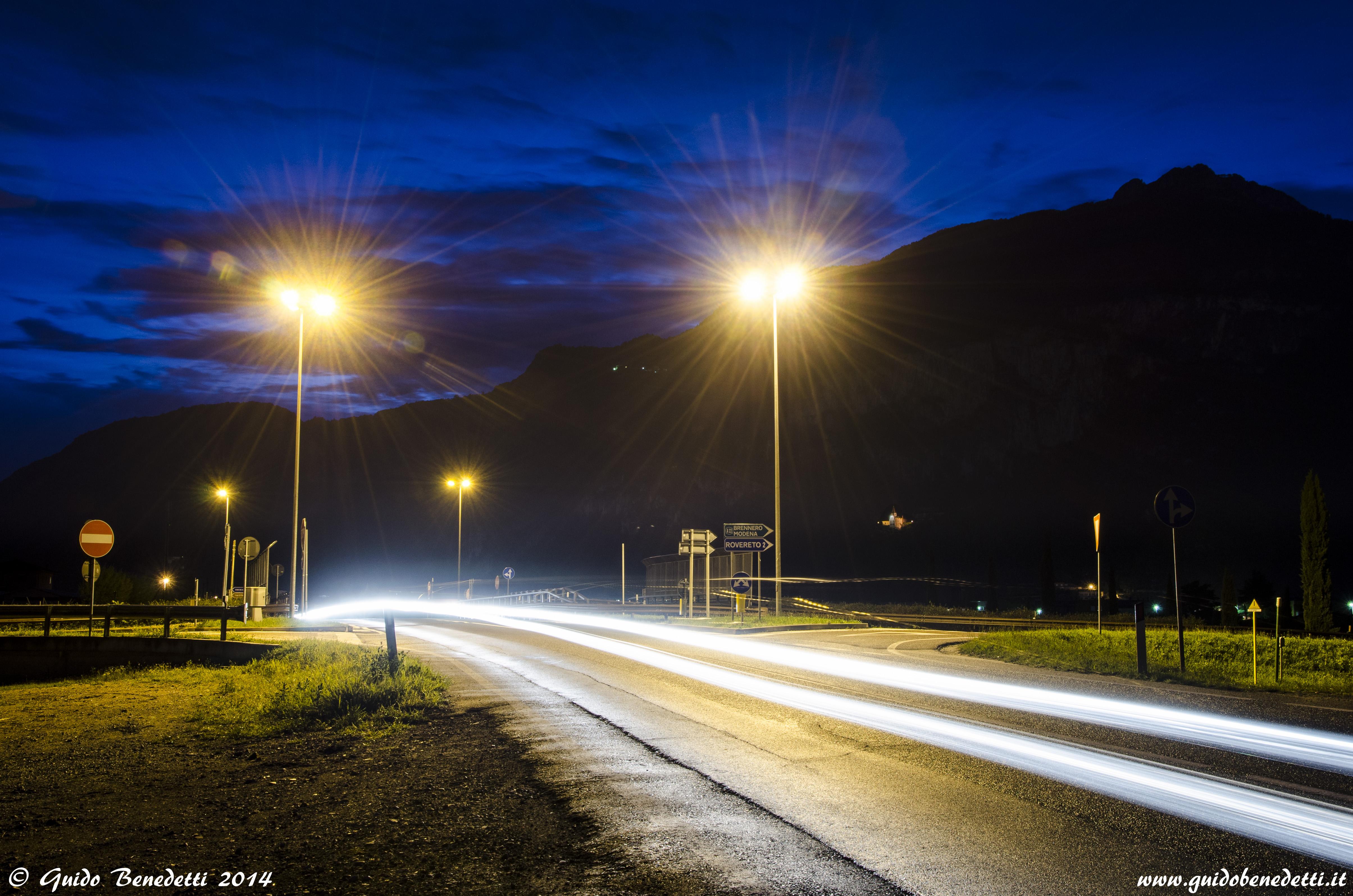 """Luci del Sabato sera sulla """"Destra Adige"""""""