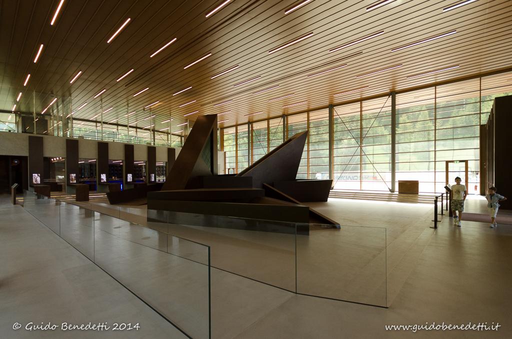 """L'Ambiente """"naturale"""" che ci circonda: installazione visiva 3D in acciaio Corten al Passo del Brennero"""