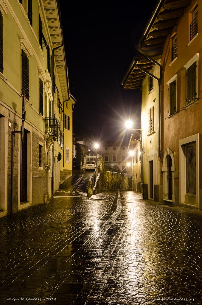 Via Mirabella da piazza Cesare Battisti a Mori (TN)