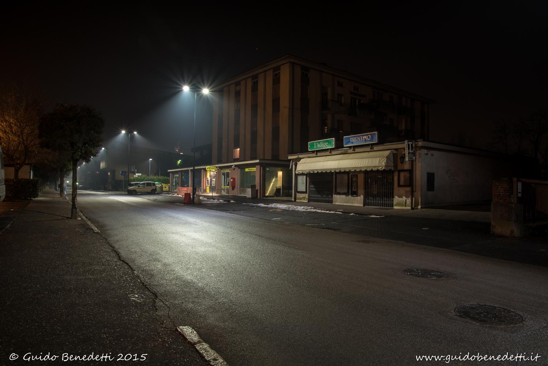 Edificio delle Poste ed Edicola in via Garibaldi a Mori (TN)