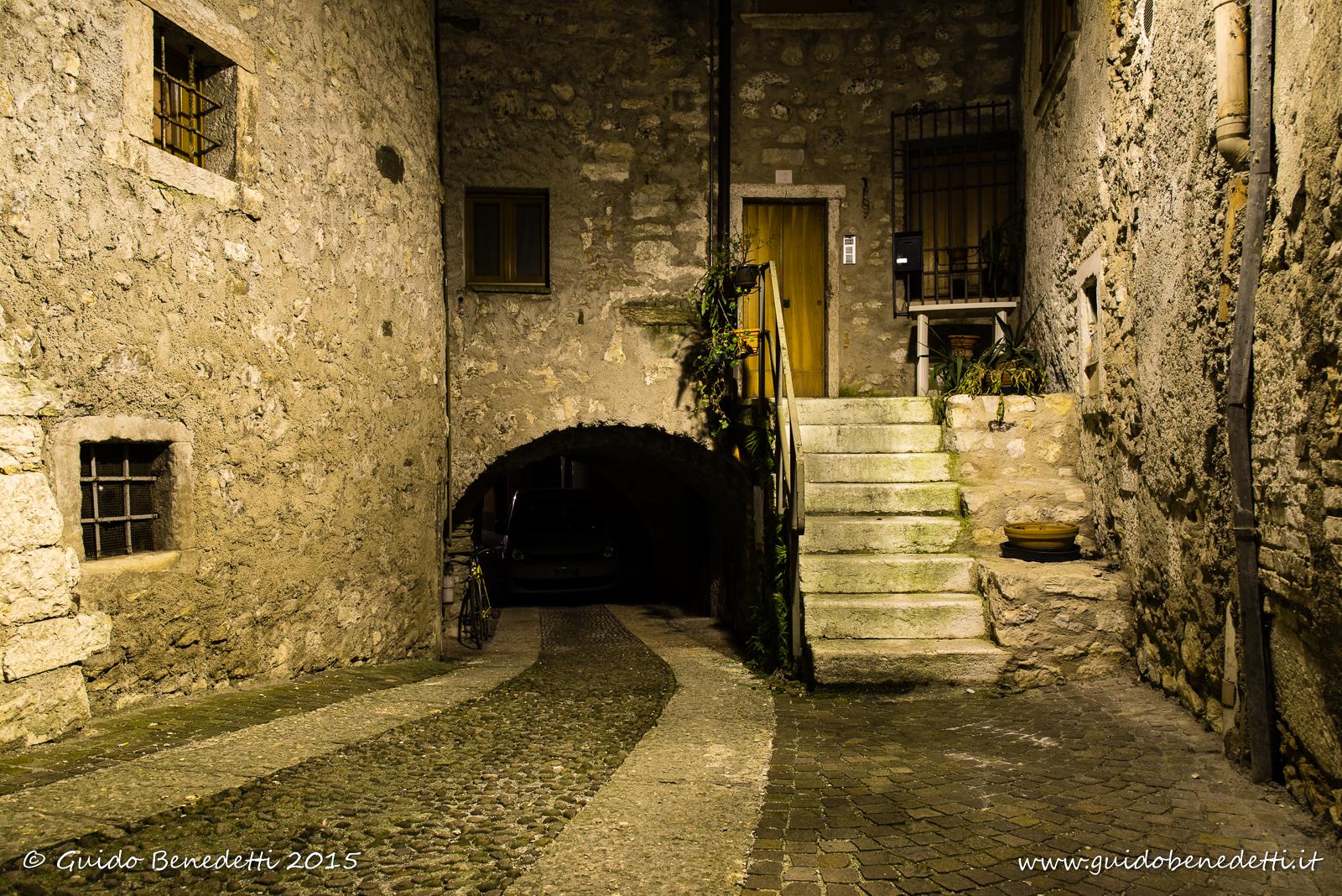 Scorcio arcense by night
