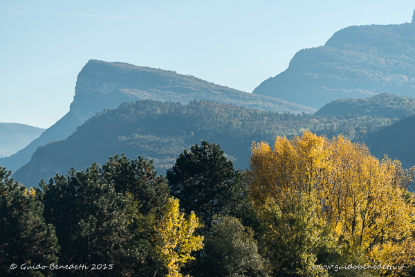In autunno il caldo si alterna al freddo anche nella tonalità dei colori