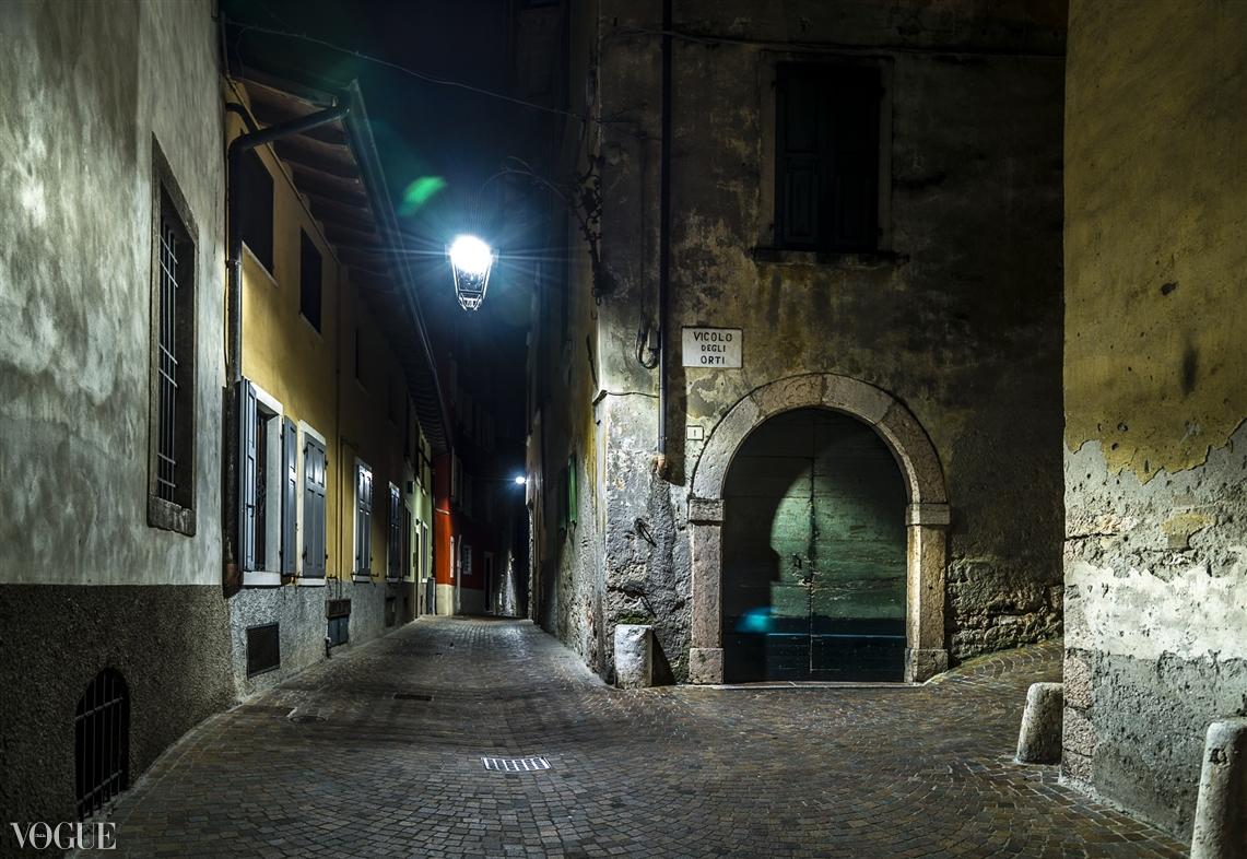 """""""Luci e colori in via degli Orti"""" da oggi è su PhotoVogue"""